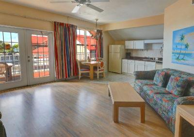 1 Bedroom Gulf Apart. – 2nd Floor